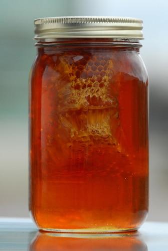 honey wine, mead, wine made from honey, Tupelo Honey, orange blossom honey, clover honey, honey