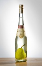 pear eau de vie, eau de vie, award-winning pear brandy, award-winning eau de vie, award-winning pear eau de vie, Clear Creek eau de vie, pear brandy, pear spirit, no sulfite eau de vie, sulfite-free eau de vie, sulfite-free pear eau de vie, sulfite-free pear brandy, Oregon eau de vie, oregon fruit brandy, fruit brandy, pear-in-bottle, pear in bottle, online wine, seasonal spirits