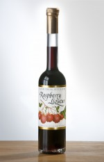 Raspberry Liqueur, low sulfite raspberry liqueur, raspberry, red raspberry liquor, red raspberry liqueur, award-winning raspberry liquor, award-winning red raspberry liqueur, raspberries, oregon raspberries, clear creek distillery,